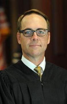 Photo of Justice Craig Stoddart