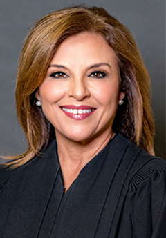 Photo of Chief Justice Dori Contreras