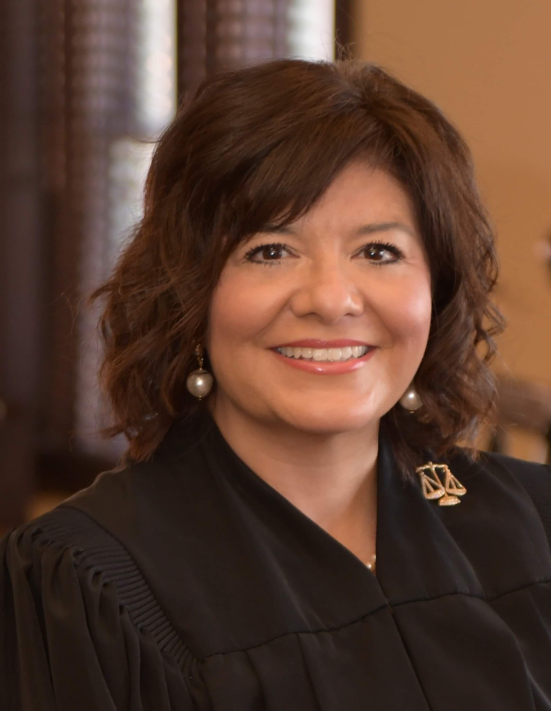 Photo of Justice Lori I. Valenzuela